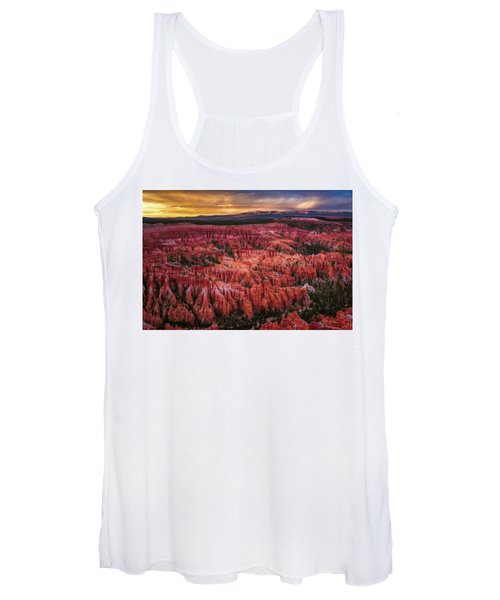 Bryce Canyon In The Glow Of Sunset Women's Tank Top