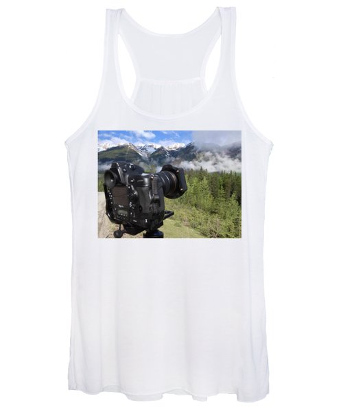 Camera Mountain Women's Tank Top