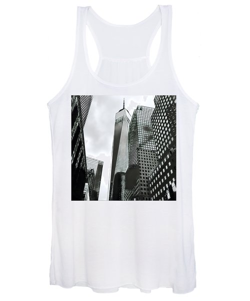 Commuters' View Of 1 World Trade Center Women's Tank Top