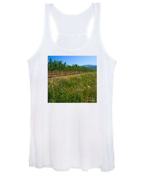 Country Wildflowers V Women's Tank Top
