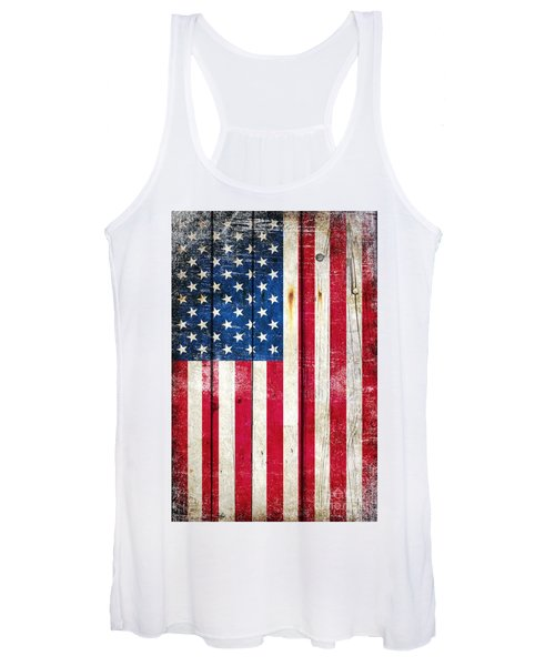 Distressed American Flag On Wood - Vertical Women's Tank Top