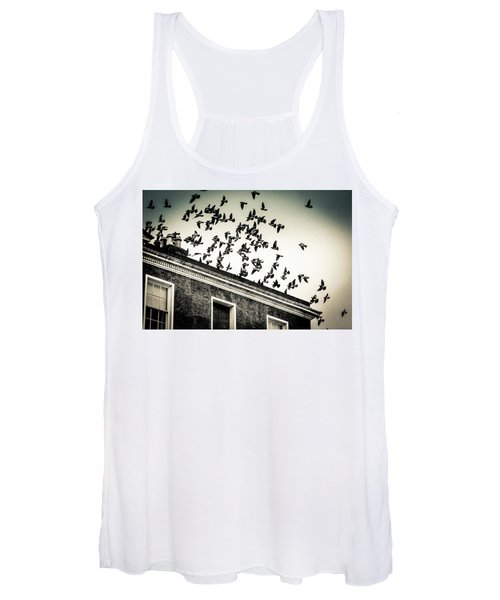 Flight Over Oscar Wilde's Hood, Dublin Women's Tank Top