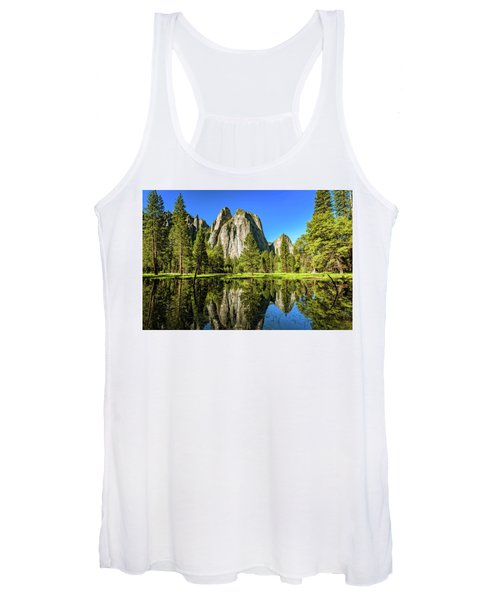 Early Morning View At Cathedral Rocks Vista Women's Tank Top