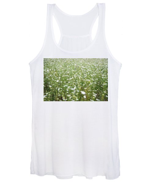 Field Of Queen Annes Lace Women's Tank Top
