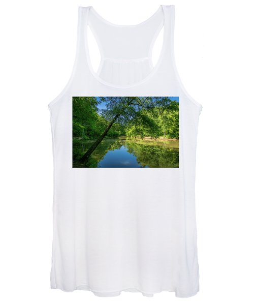 Lazy Summer Day On The River Women's Tank Top