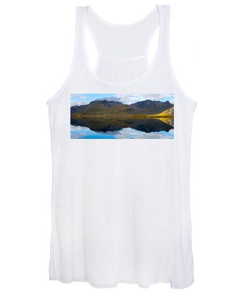Lofoten Lake Women's Tank Top