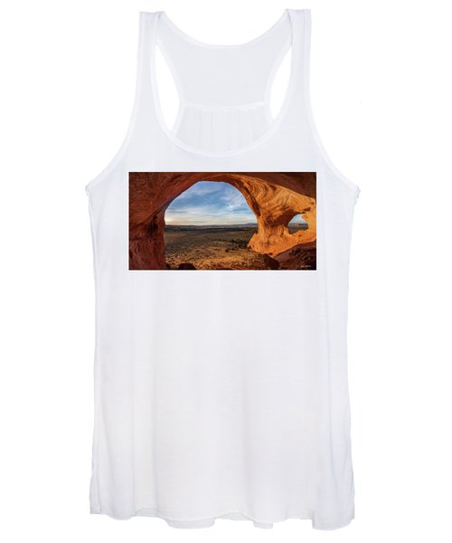 Looking Glass Arch Women's Tank Top