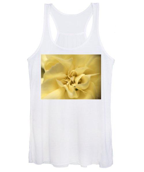 Macro Yellow Rose Women's Tank Top