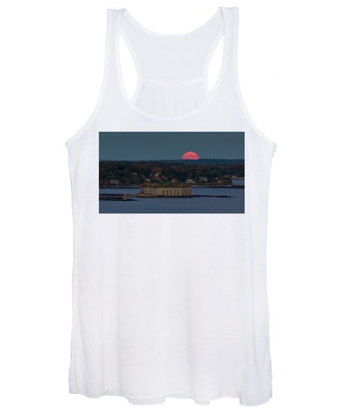 Moonrise Over Ft. Gorges Women's Tank Top