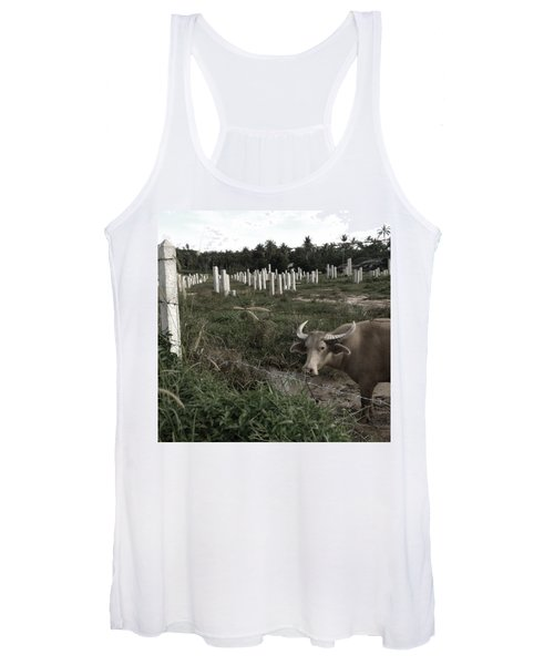 Mourning In The Palm-tree Graveyard Women's Tank Top
