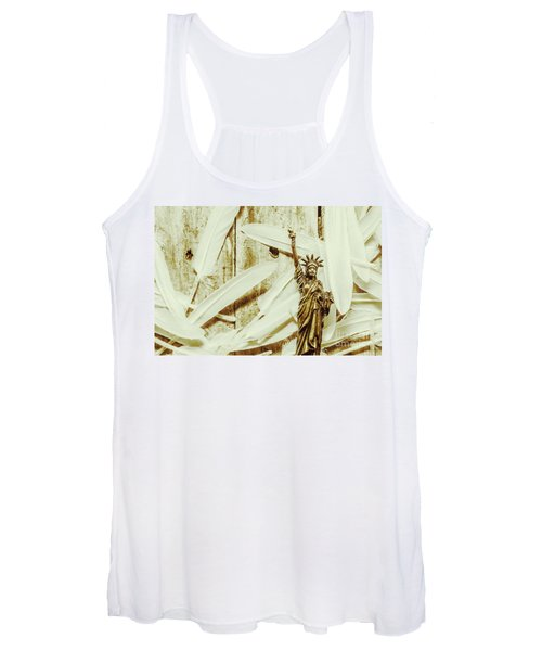 Old-fashioned Statue Of Liberty Monument Women's Tank Top