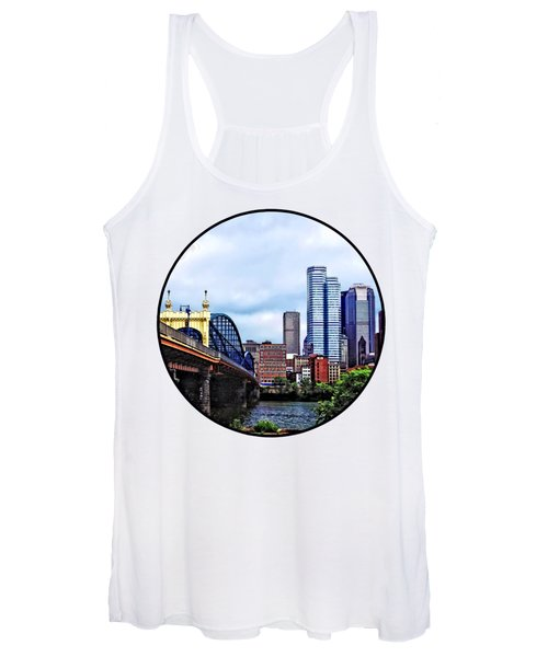 Pittsburgh Pa - Pittsburgh Skyline By Smithfield Street Bridge Women's Tank Top