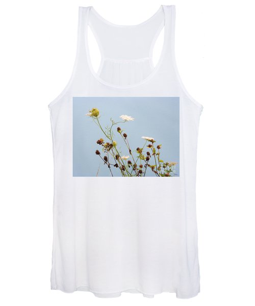 Queen Anne's Lace And Dried Clovers Women's Tank Top