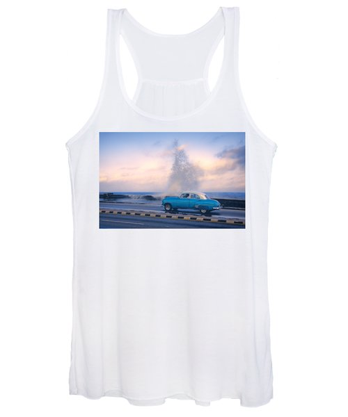Rough Surf On The Malecon Women's Tank Top