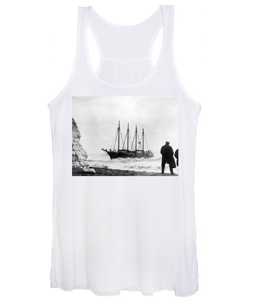 Schooner Shipwreck Women's Tank Top