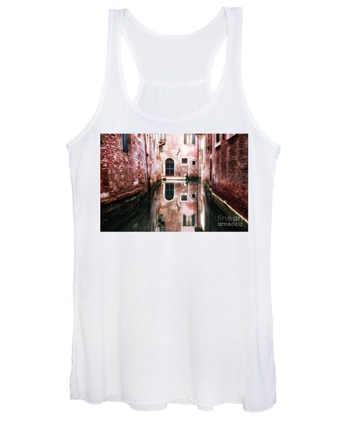 Secluded Venice Women's Tank Top
