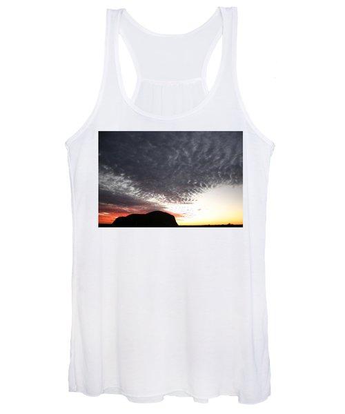 Silhouette Of Uluru At Sunset Women's Tank Top