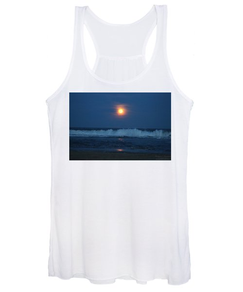 Snow Moon Ocean Waves Women's Tank Top