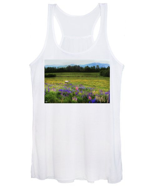 Taking In The View Women's Tank Top