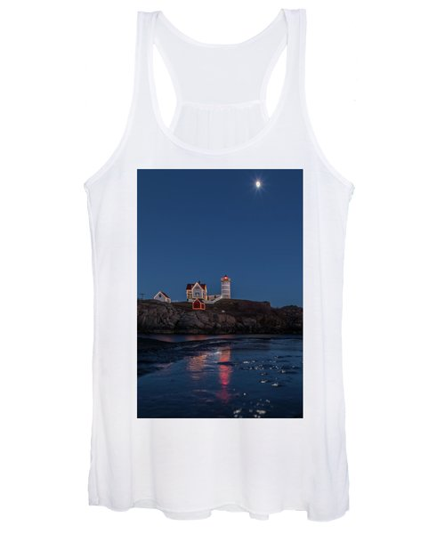The Nubble Waiting For Snow Women's Tank Top