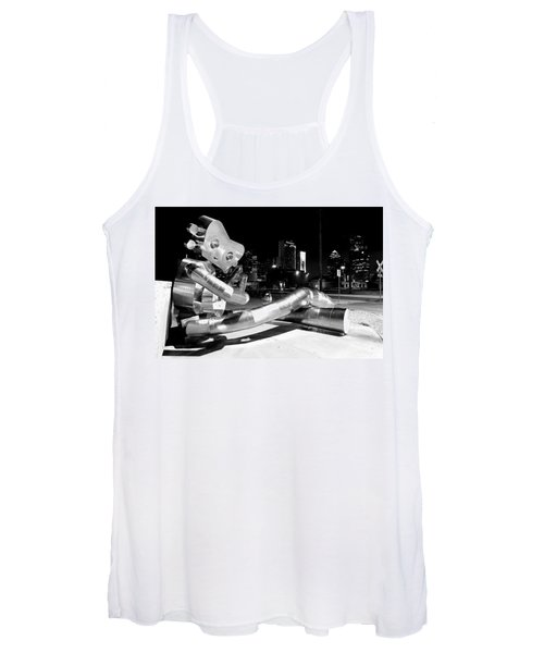 Waiting On The Train 8916 Bw Women's Tank Top