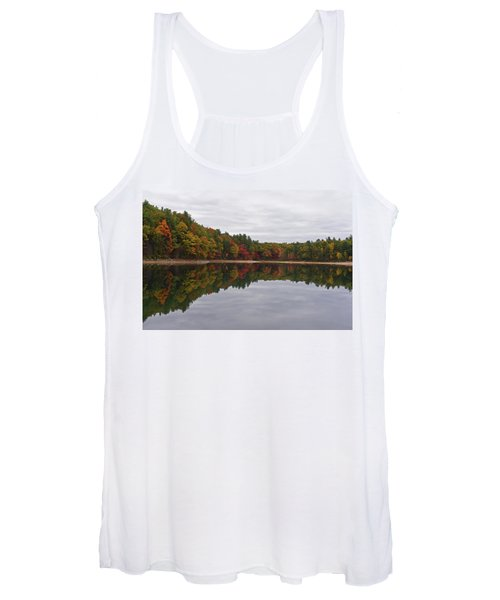 Walden Pond Fall Foliage Concord Ma Reflection Trees Women's Tank Top