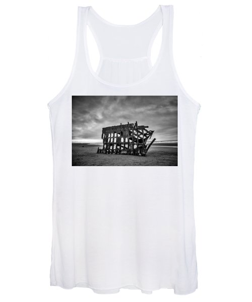 Weathered Rusting Shipwreck In Black And White Women's Tank Top