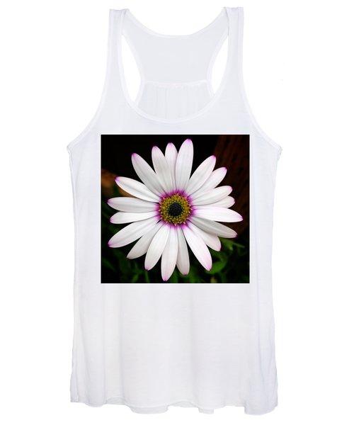 White Daisy Women's Tank Top