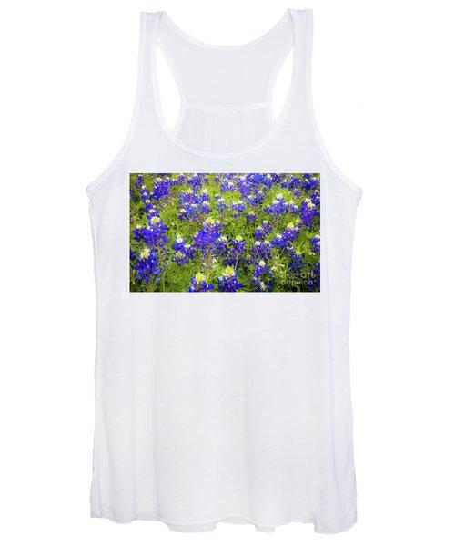 Wild Bluebonnets Blooming Women's Tank Top