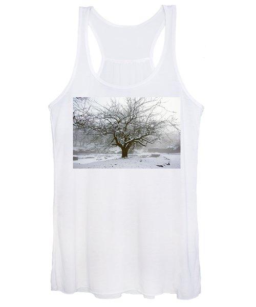 30/01/19  Rivington.  Japanese Pool. Snow Clad Tree. Women's Tank Top