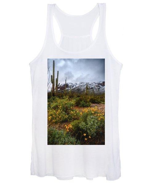 Arizona Flowers And Snow Women's Tank Top