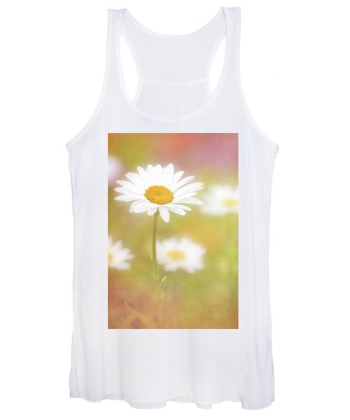 Delightful Daisy Portrait Women's Tank Top