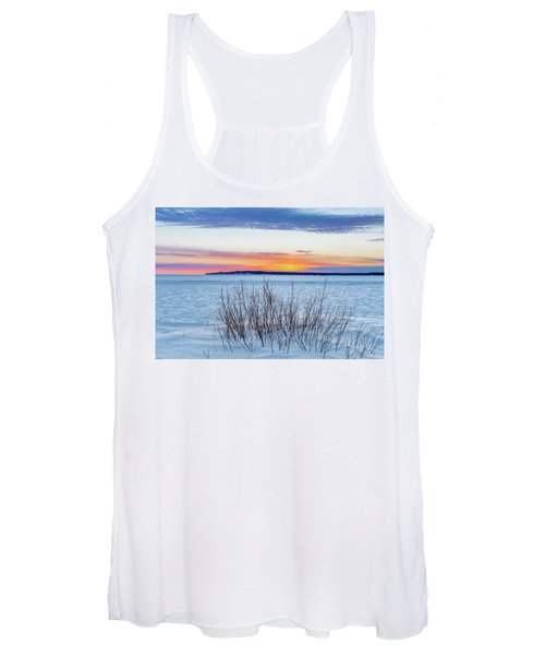 Daybreak Over East Bay Women's Tank Top