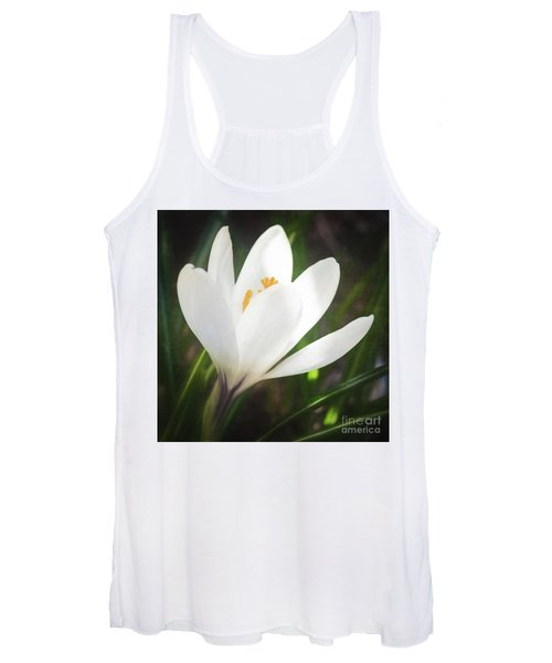 Glowing White Crocus Women's Tank Top