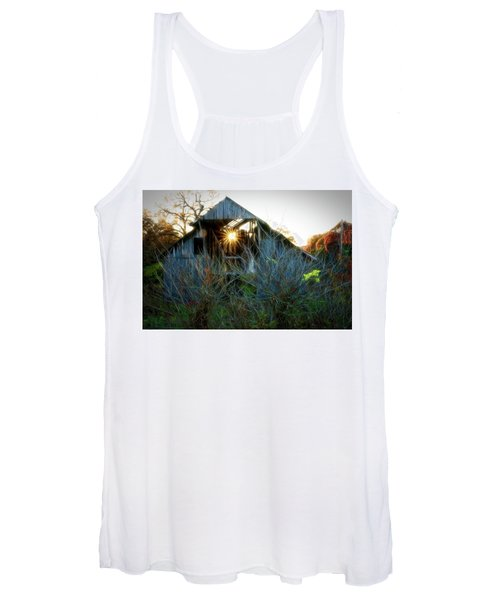Old Barn At Sunset Women's Tank Top