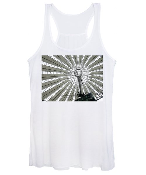 Roof Of Sails Women's Tank Top