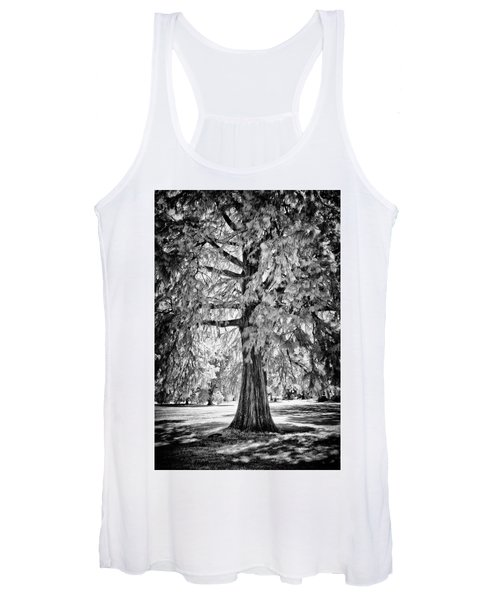 Standing Tall Old Tree - I R Women's Tank Top