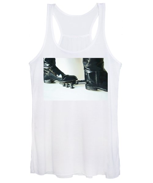 Studio. Boots And Boot Pull. Women's Tank Top