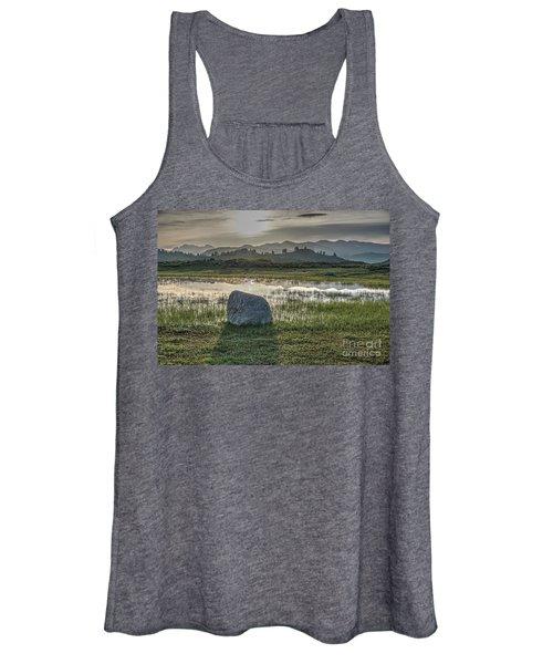 A Yellowstone Sunrise And Hazy Morning Ridges Women's Tank Top