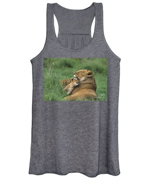 African Lions Mother And Cubs Tanzania Women's Tank Top