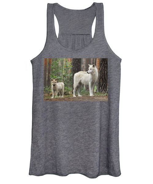 Arctic Wolf With Pup, Canis Lupus Albus Women's Tank Top
