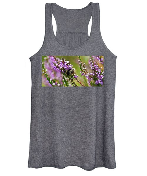 Bee On Heather Women's Tank Top