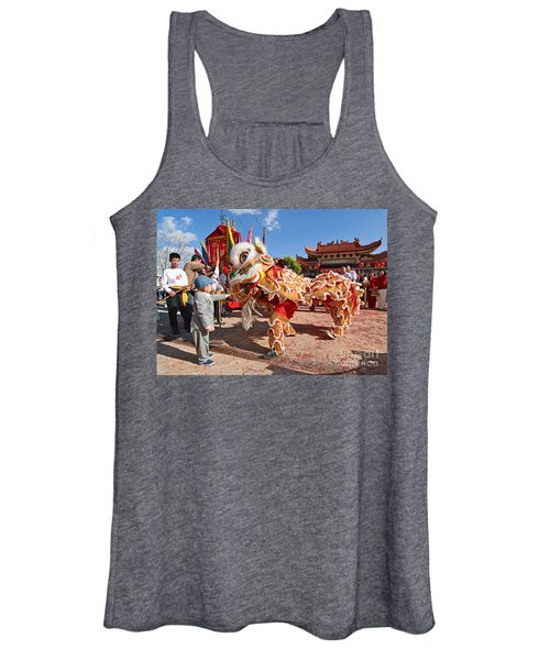Boy Giving A Red Envelope Gift To A Lion Dancer. Chinese Lion Da Women's Tank Top