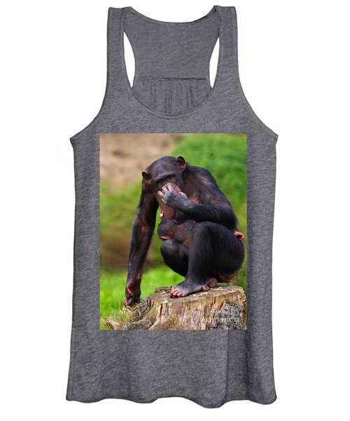 Chimp With A Baby On Her Belly  Women's Tank Top