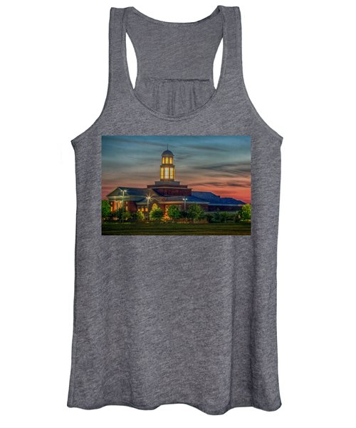 Christopher Newport University Trible Library At Sunset Women's Tank Top