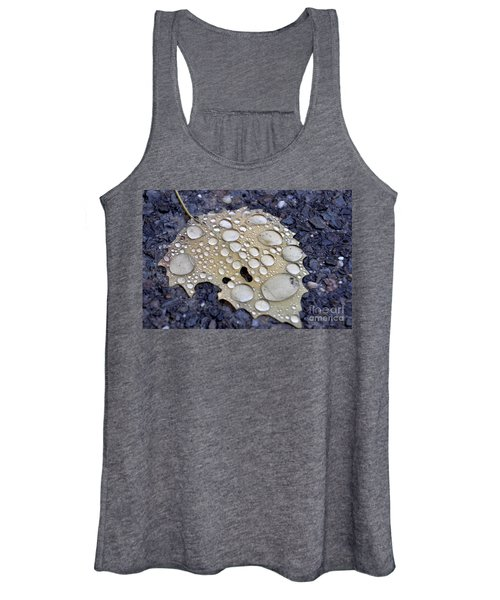 Drenched Leaf Women's Tank Top