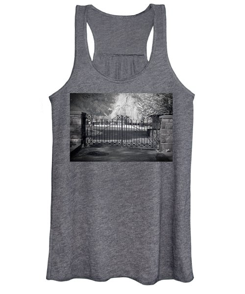 Entry To Salem Willows Women's Tank Top