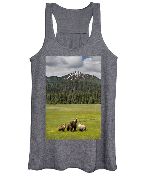Grizzly Bear Mother And Cubs In Meadow Women's Tank Top