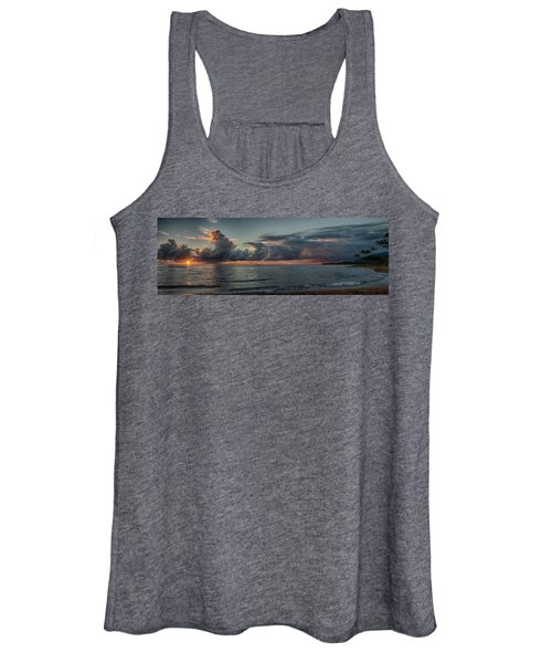 Hauula Sunrise Panorama Women's Tank Top