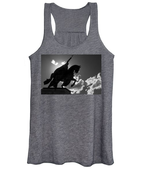 King Horseback Statue Black White Women's Tank Top